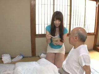 브루 넷의 사람, 뜨거운 일본의 모든, 점검 아기
