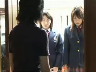 Ładniutka japońskie nastolatka got fondled przez jej szkoła bullies wideo