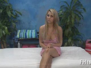 Дуже сексуальна 18 рік старий гарненька