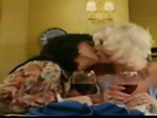 Lesbians seka sa makaluma movie