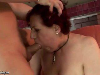Labai storas močiutė getting pakliuvom sunkus