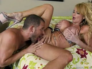 Porno Babe Taylor Wayne Feels Her Man's Banana Spooning Her Cleft Out And Loves It