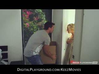 Manuel ferrara - big-tit blonda seduces ei om proaspăt afară de the dus