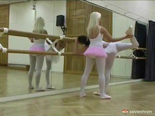 Sapphic ballet meisjes