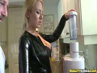 Sexy Blond MILF Valerye
