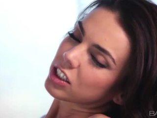 bruneta skontrolovať, hardcore sex online, najlepšie orálny sex každý