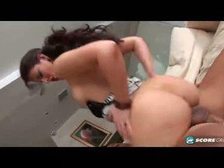 Caroline pierce hiển thị off cô ấy phat ass