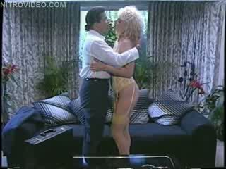 Chessie moore και julio σε ο χρυσαφένιος ηλικία του πορνό