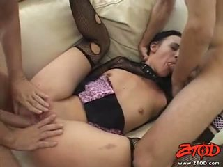 Netted babeh deja daire receives a ramrod drilling in this guyr warm mouth