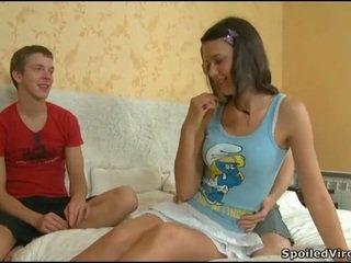Virgin তরুণী gets lusty examination