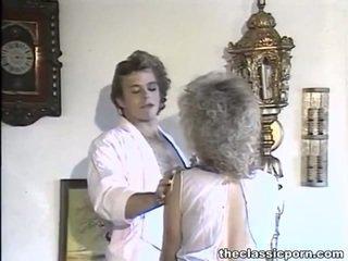 Billiard membuat cinta untuk yang tomentose wanita