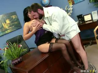 Sexually excited sophia lomeli gets sie mund busy engulfing ein schwer mann lutscher