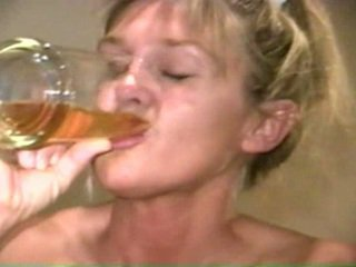 Piss: sherry carter buvette plus vieux piss