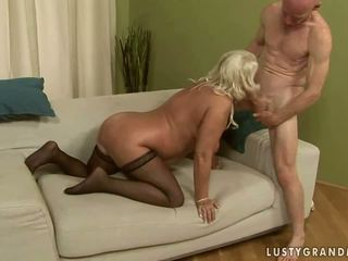 Birichina nonnina getting anale scopata
