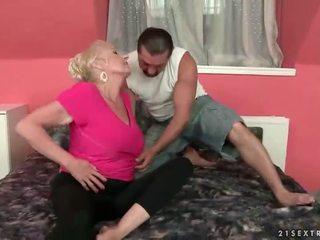 Më i mirë i lusty grandmas