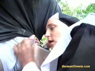 jednotný, nun, hardcore