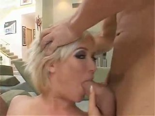 Blond honning naomi cruise kveling two stor shafts