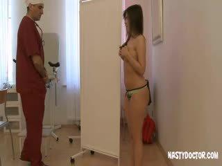 قذر قديم gynecologist