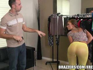 Brazzers - whitney melihat besar dalam tights