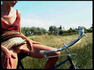 Piss; bike piss