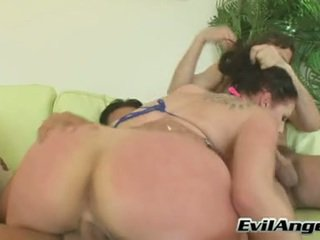 Hot Perverted Gianna Michaels Gets Her Cunt And Mouth Drilled At The Same Time