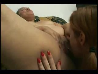 大きな美しい女性 ラティナ getting 彼女の pussy-ass licked バイ 彼女の レズビアン gf-p1
