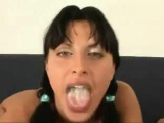 कम में उसकी मुंह कॉंपिलेशन
