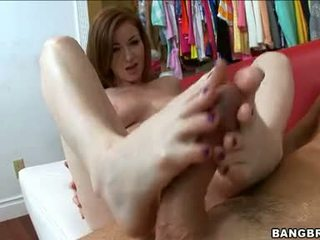 Sweetie Nikki Rhodes Acquires Her Sexy White Feet Cummed After A Nice Sexy Footjob