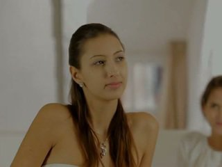 Nubile films een lovers aanraken
