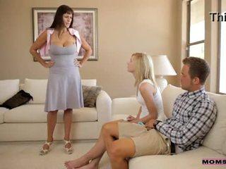 คุณแม่ สั่งสอน เพศ - แม่ catches มีอารมณ์ วัยรุ่น คู่