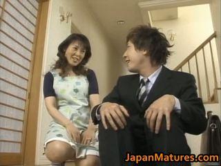 Nemokamai porno video japoniškas moteris matured šūdas didelis papai