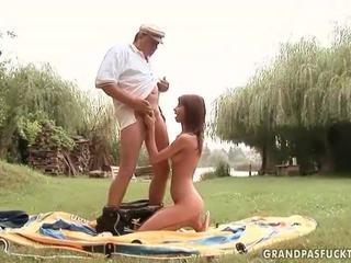 Grandpas e giovane ragazze sesso