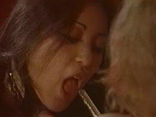 Randy seka gets dia alat kelamin wanita licked dan kacau