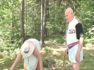 hardcore sex, blowjobs, sucking, group fuck