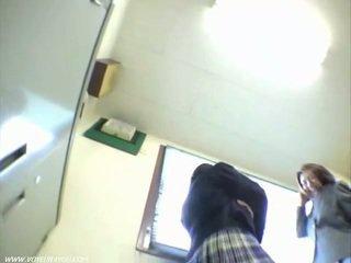 アジアの 女の子 パンティー アウトドア 盗撮