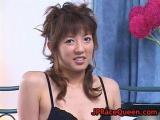Hiromi Aoyama Takes Pussy Eaten