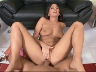 Simony Diamond gets her holes fucked