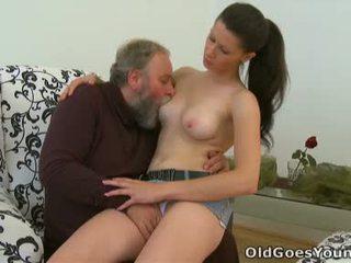 Simona adalah flattered ini ini berumur orang likes untuk menghabiskan beberapa perilaku seks menyimpang waktu dengan ini chabr