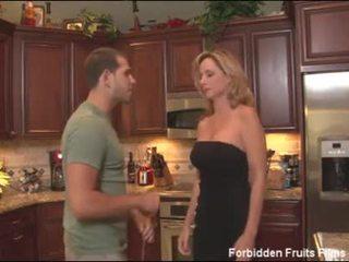 cougar porn, mom porn, milf porn, west porn
