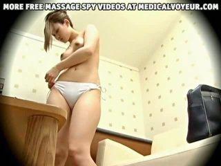 Fiatal divat modell massaged hogy orgazmus által egészség massager 1