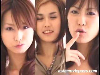 Ázsiai lányok swallowing semen