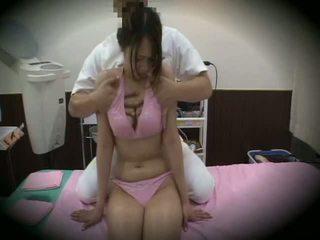 Spycam reluctant tüdruk massaaž seks 1
