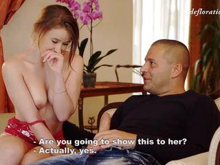 Virgin meitene fingers vāvere