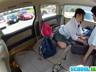 Jepang murid wedok banged in a parking lot