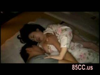 妻 ファック バイ husbands 友人 上の ザ· ベッド 05