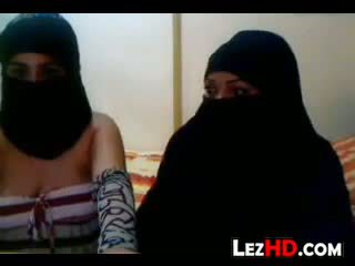 Аматьори arab лесбийки
