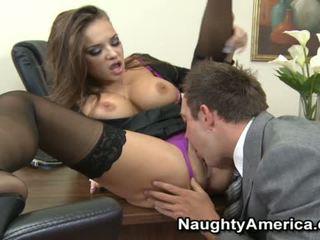 Nika noir sensuous секретарка трахання з її chief