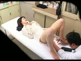 สายลับ ขี้อาย หมอ uses ผู้หญิงสวย ผู้ป่วย 02