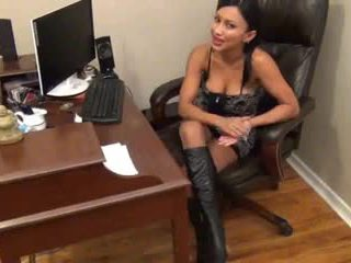 Jasmine Nylon Footjob