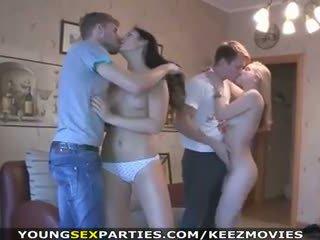 Unge sex parties - tenåringer faen i pairs og mer